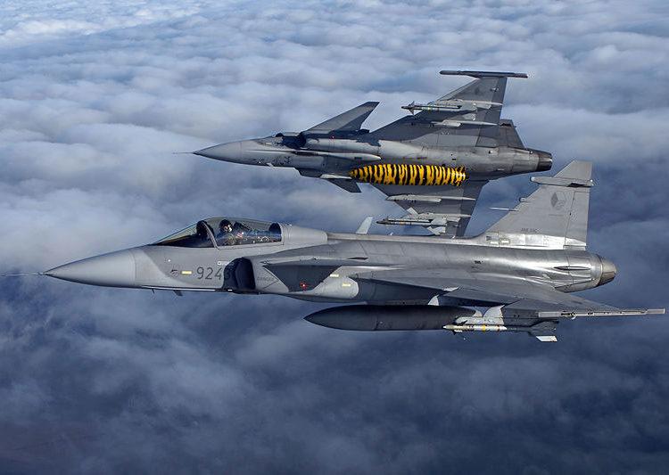 Caças Saab JAS 39 C Gripen