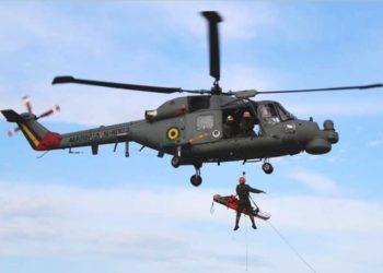Aluno do C-Esp-TAR-SAR em exercício de resgate