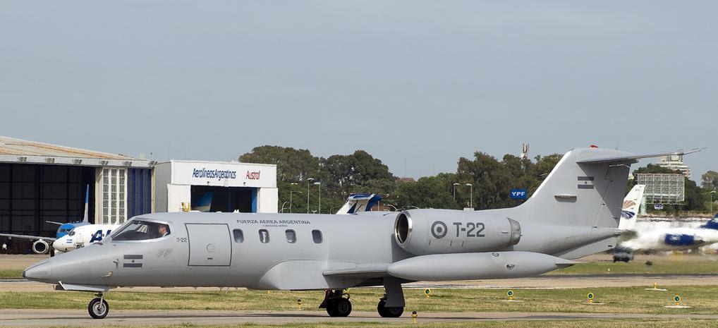 Learjet EW