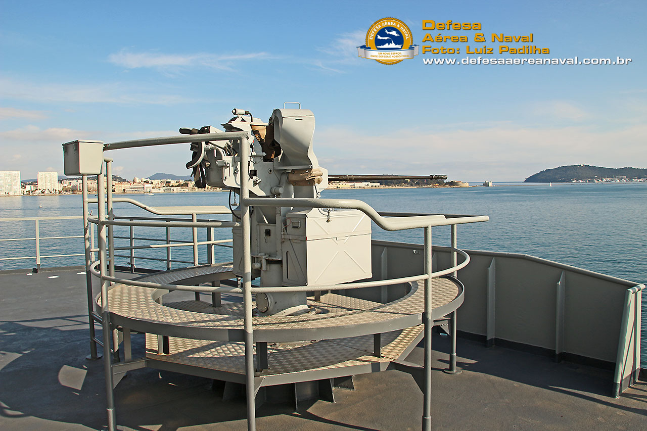 NDM Bahia Canhão de 20mm prôa