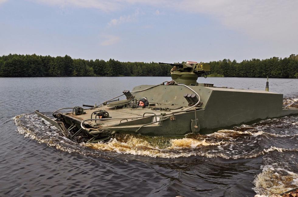 veiculo-blindado-anfibio-bt-3f