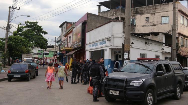 policia-militar-realizaoperacao-no-complexo-da-mare-no-rio-de-janeiro